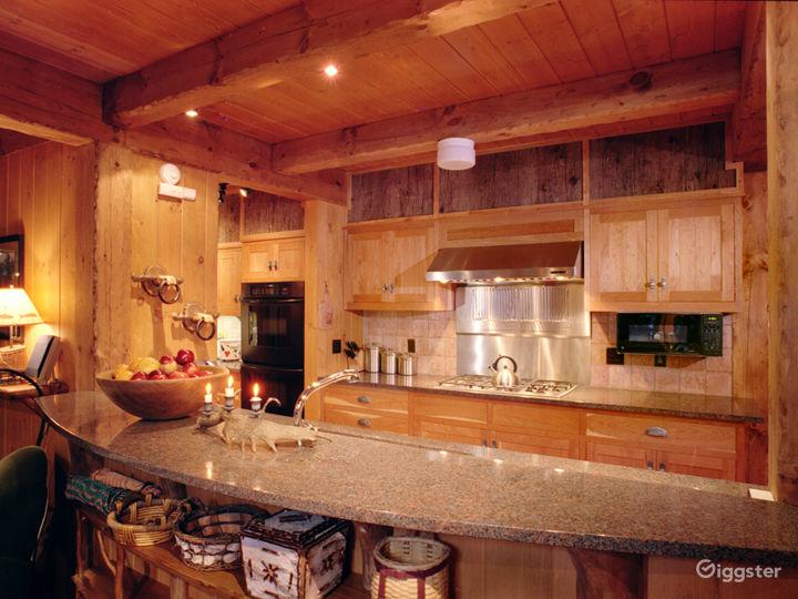 Island cabin getaway: Location 5103 Photo 2