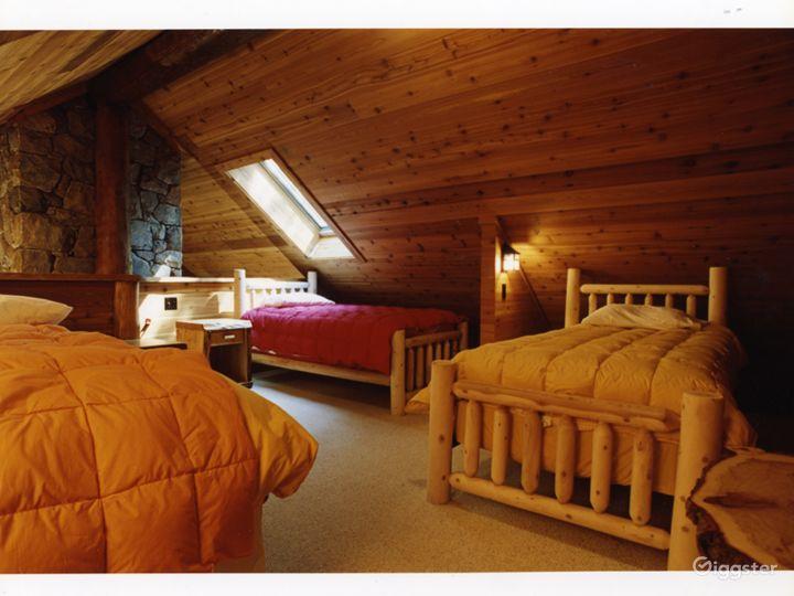 Island cabin getaway: Location 5103 Photo 3