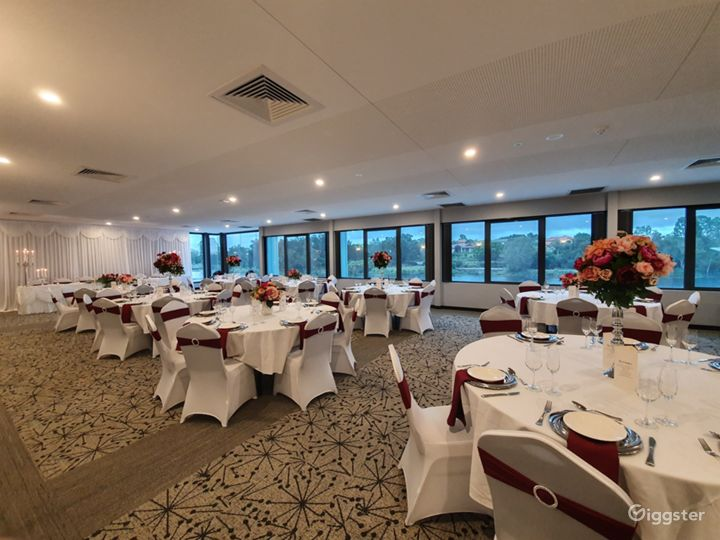 Magnificent Moreton Bay Room with Lake View Photo 4