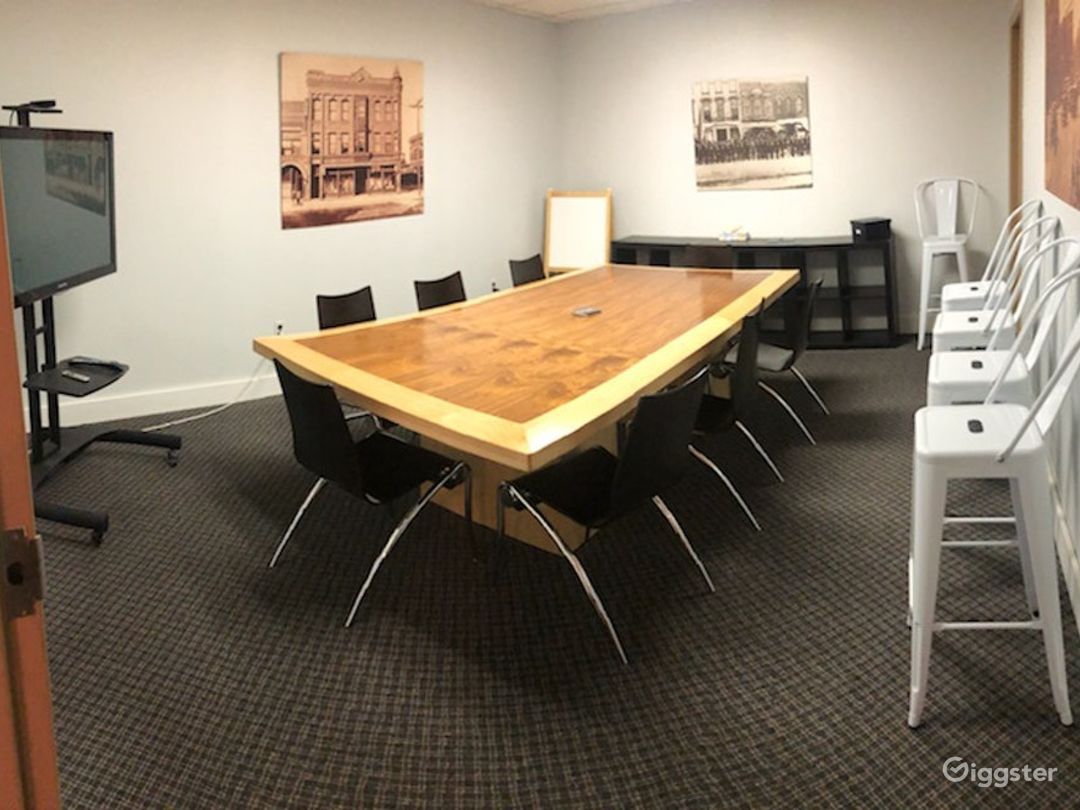 Bollensen Room - Spacious Meeting Room Photo 1