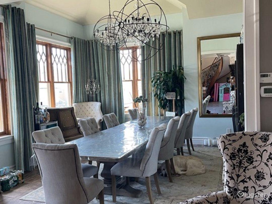 Luxury Family Home Photo 1