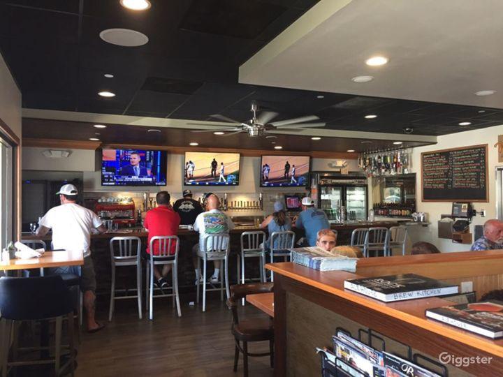 People's Newest Favorite Bar-Gastropub-Burger Restaurant in Los Alamitos Photo 2