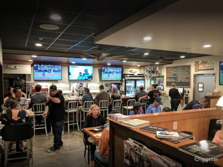 People's Newest Favorite Bar-Gastropub-Burger Restaurant in Los Alamitos Photo 5