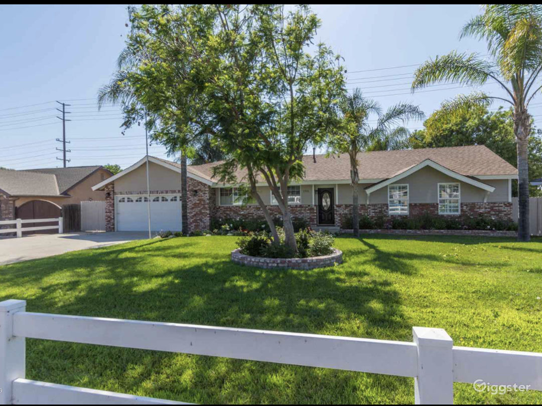 Tropical oasis in Thousand Oaks Photo 1