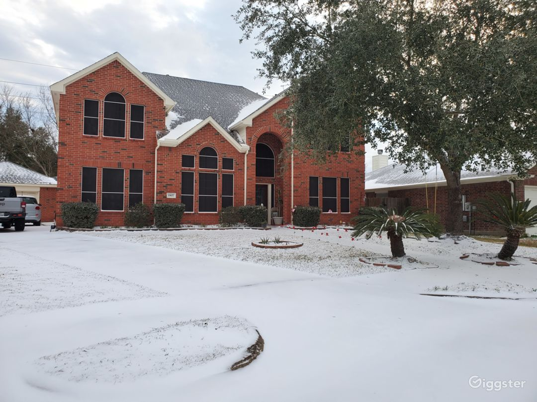 House in winter (only this one, it doesn't usually snow in Houston)