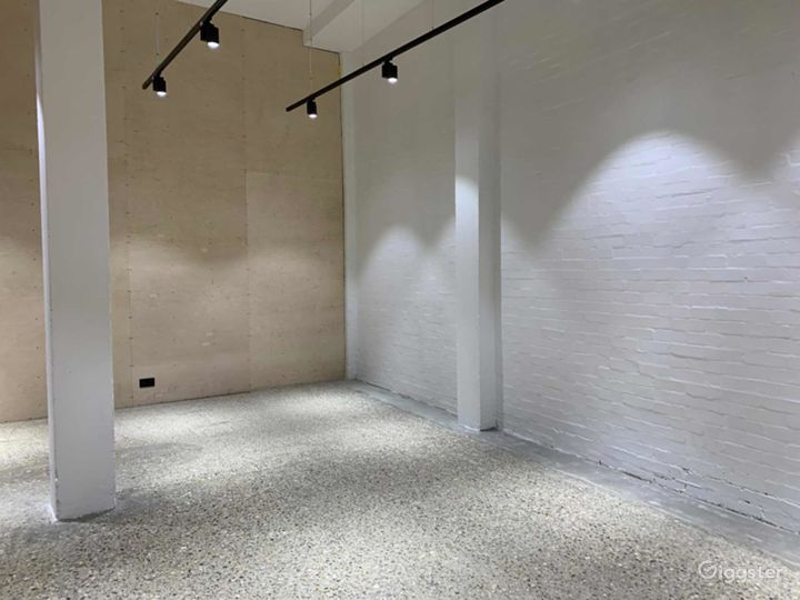 Beautiful Warehouse Conversion Space for Filming or Photoshoots in London Photo 4