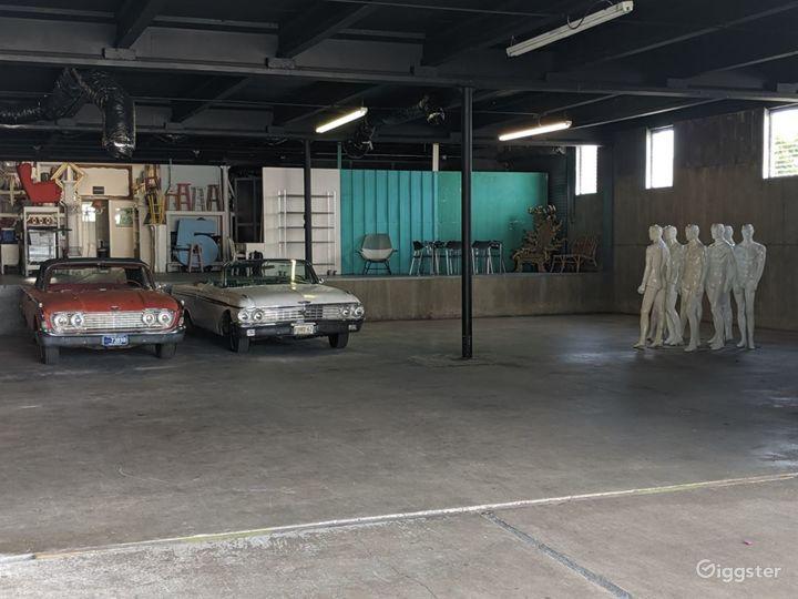 Almost 6000sqft Stylish Studio Space with sunken area in Miami Photo 4