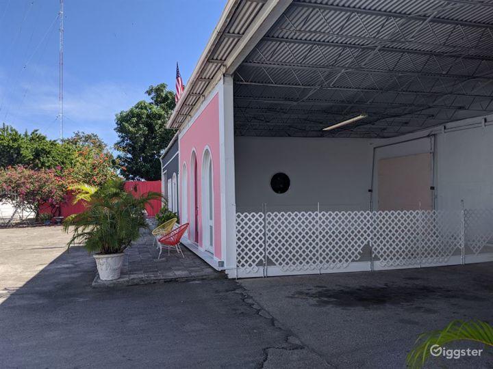 Almost 6000sqft Stylish Studio Space with sunken area in Miami Photo 5