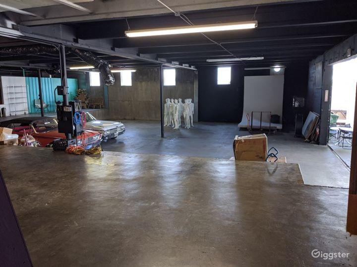 Almost 6000sqft Stylish Studio Space with sunken area in Miami Photo 3