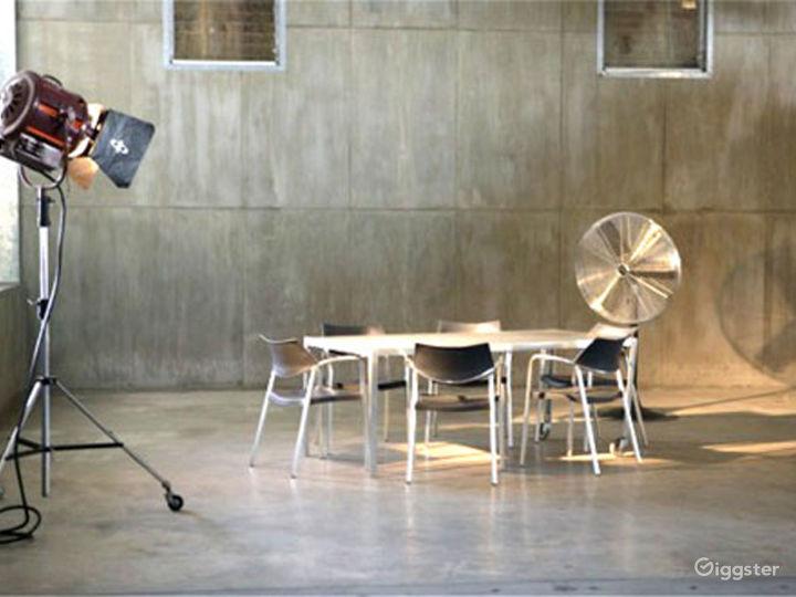 Almost 6000sqft Stylish Studio Space with sunken area in Miami Photo 2