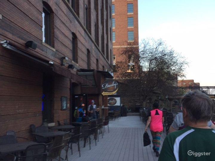 Spacious Outdoor Patio Event Venue in Minneapolis Photo 2