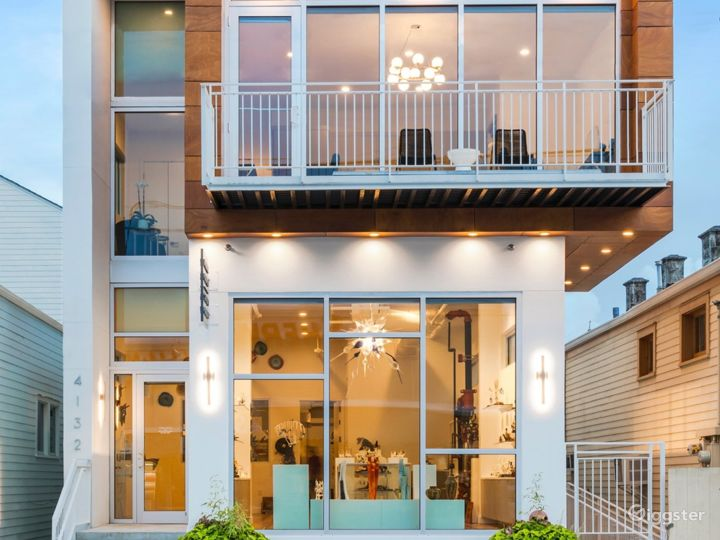 Modern, Artsy Location in New Orleans