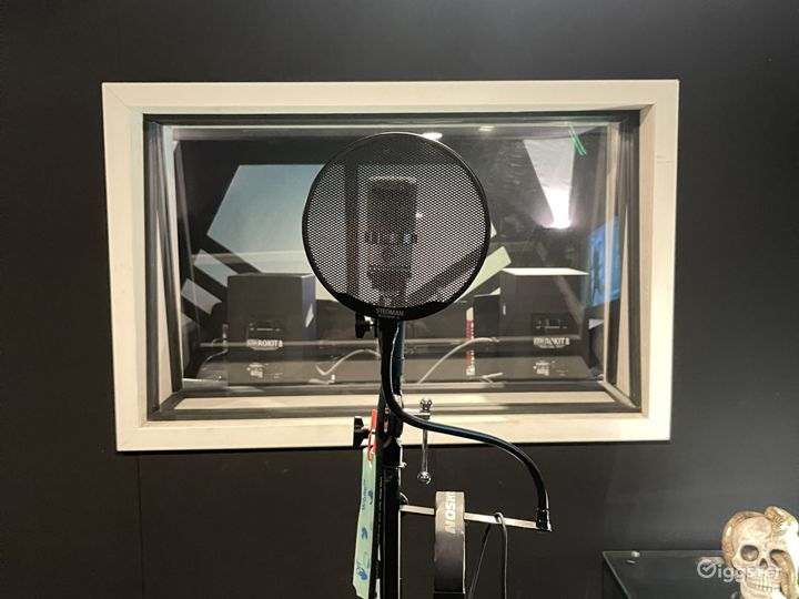 North Hollywood Recording Studio  Photo 4