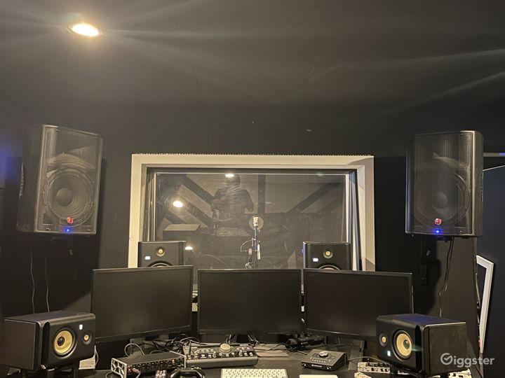 North Hollywood Recording Studio  Photo 3