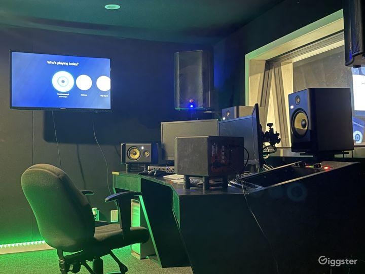 North Hollywood Recording Studio  Photo 2