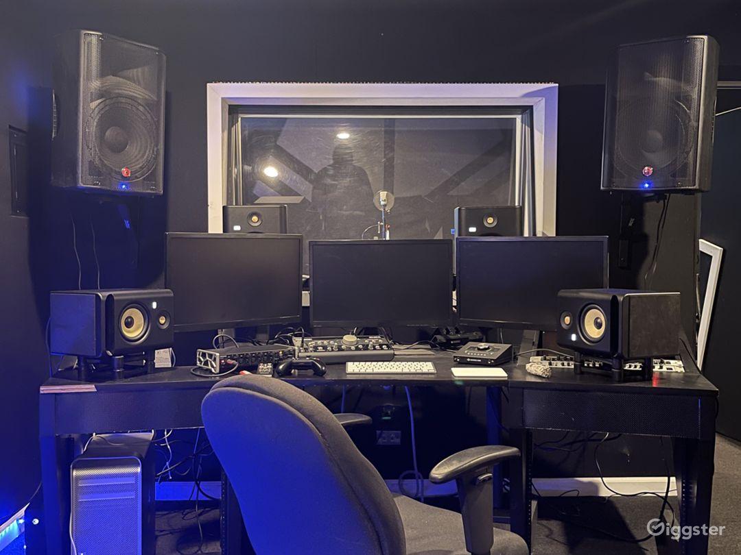 North Hollywood Recording Studio  Photo 1