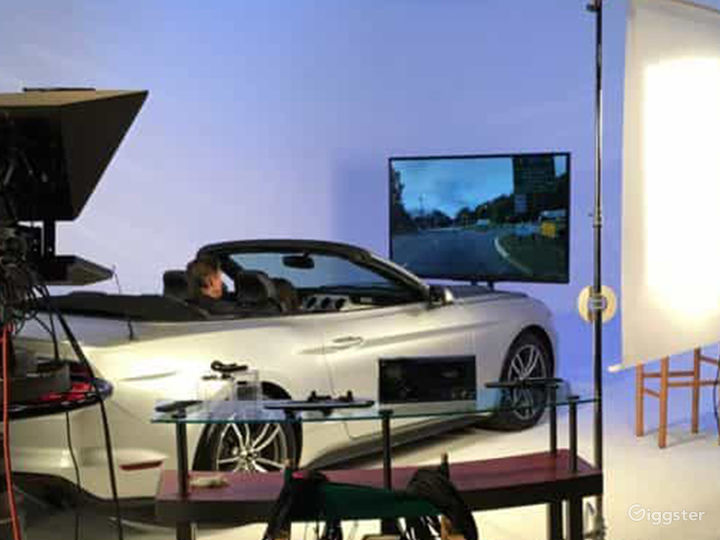 Drive In Studios with Green Screen Cyclorama Photo 4