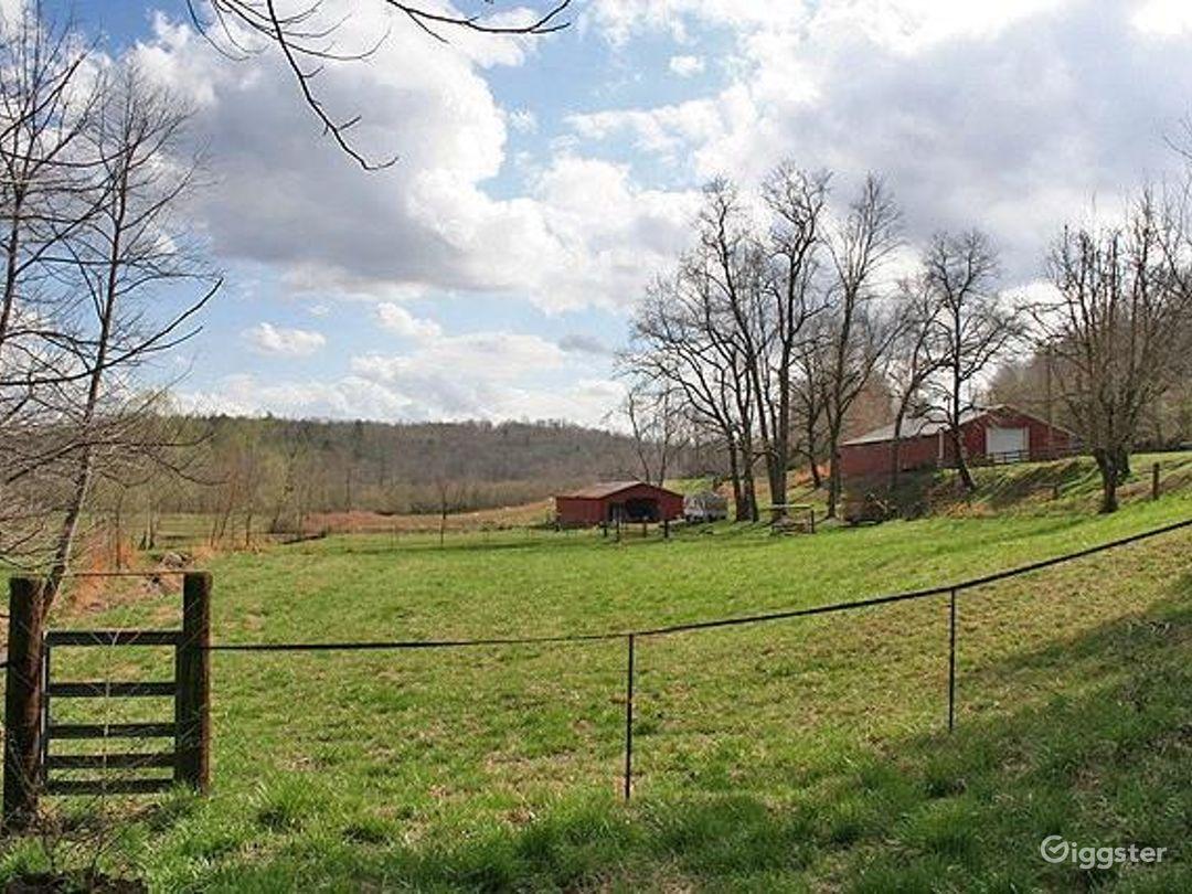 Beautiful Land w/Creek and Barn Photo 3