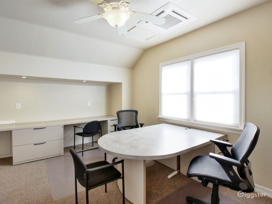 Modern Office For Your Meetings - Virtual Office (V-Office+ Plan) Photo 1