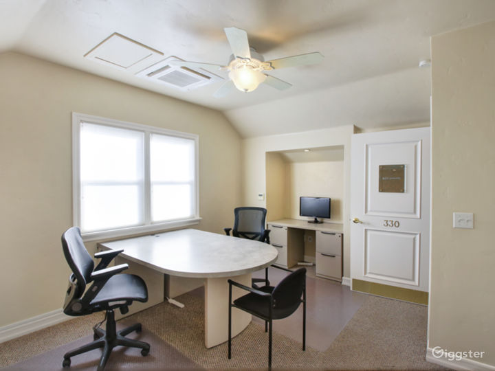 Modern Office For Your Meetings - Virtual Office (V-Office+ Plan) Photo 4