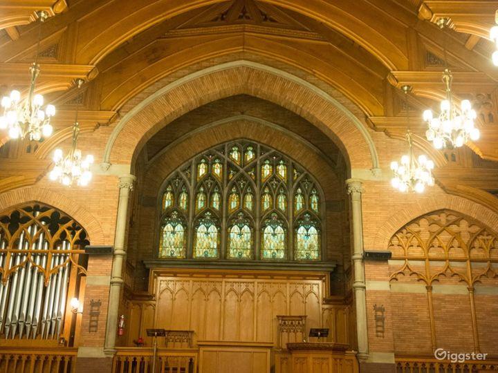 European Style Hull Chapel Photo 2