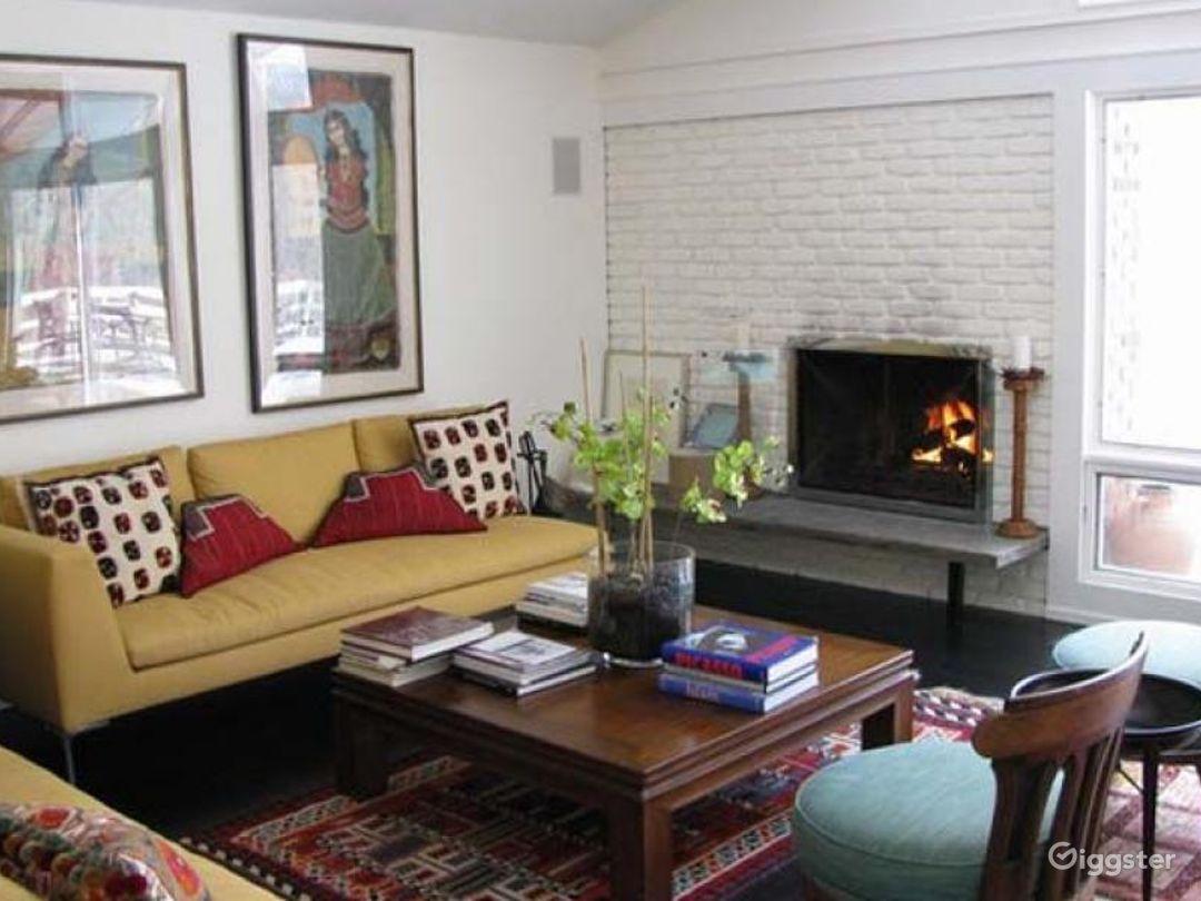 Contemporary suburban home: Location 4272 Photo 1