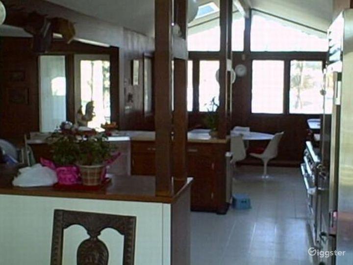 Contemporary suburban home: Location 4272 Photo 2
