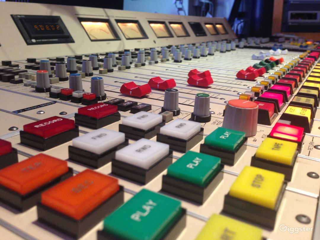 Studio A Console - PR&E BMXIII-24