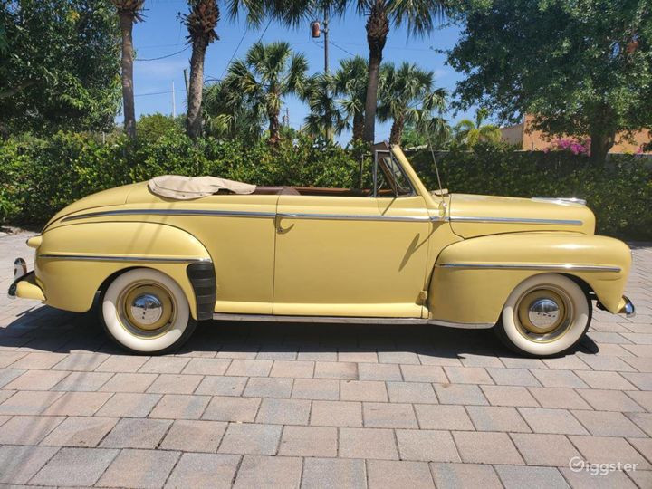 A Beautiful Yellow 1948 Ford Deluxe Convertible Photo 2