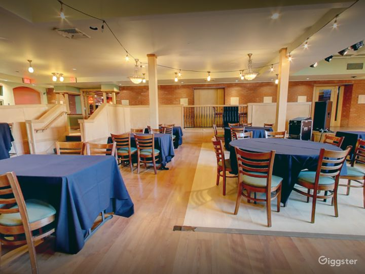 A Spacious Banquet Area Great for Weddings Photo 4