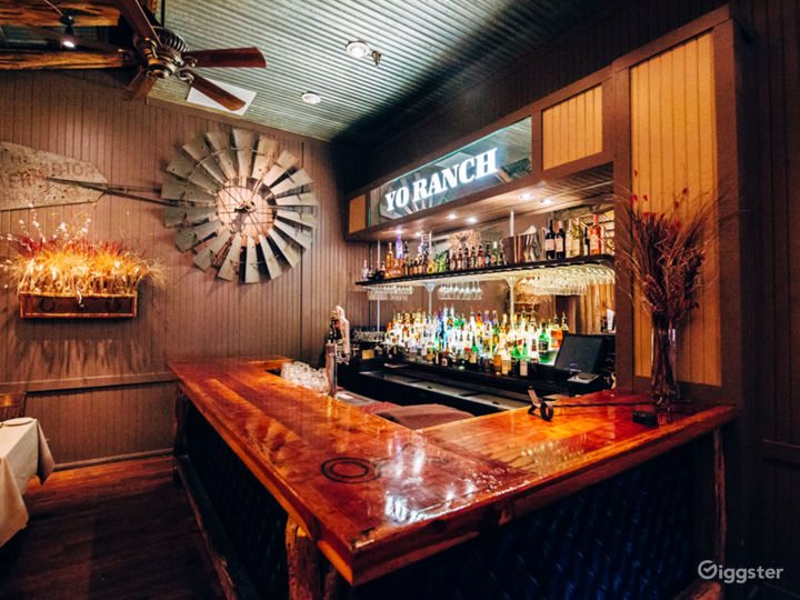 Bar in Lounge