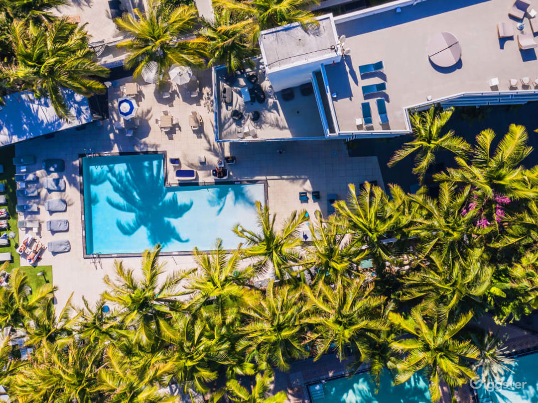 Pool Deck in Miami Beach Photo 1