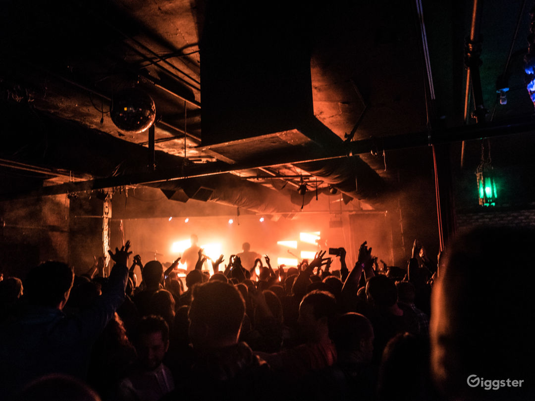 Music Venue & Bar Photo 3