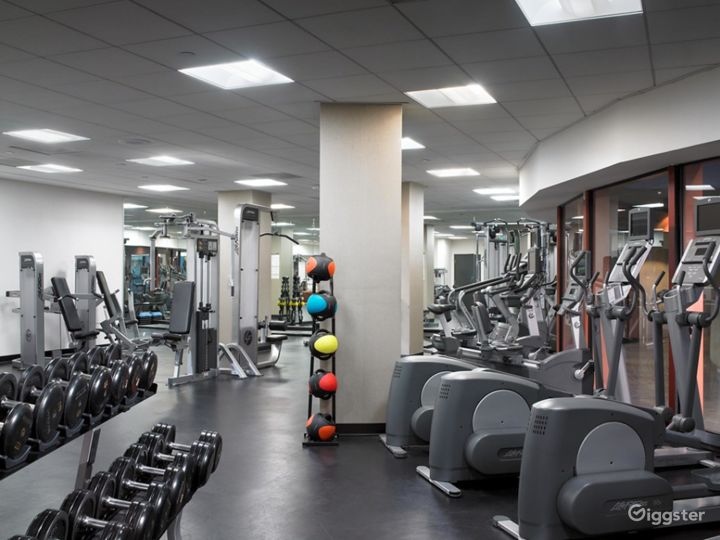 Large hotel gym with state of the art equipment Photo 2