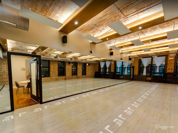 Large Studio Room for Yoga or Photoshoots Photo 4
