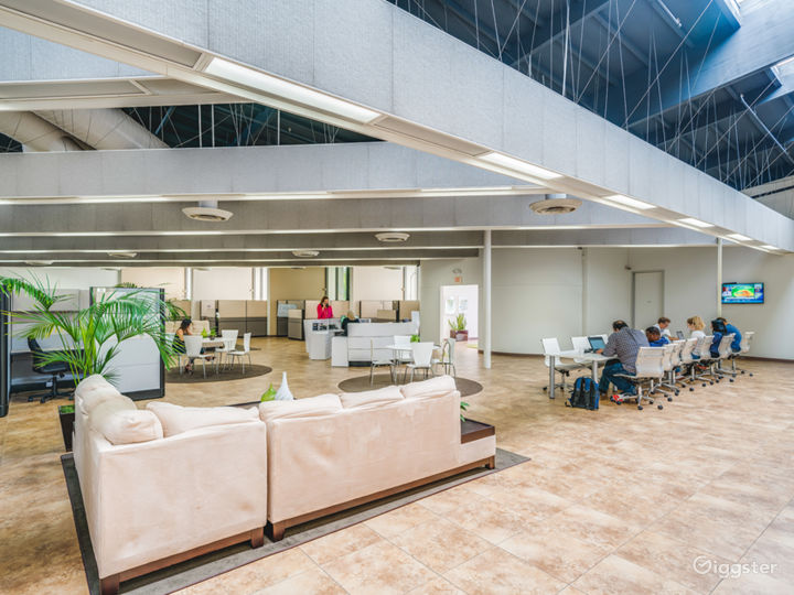 Comfortable Meeting and Working Space in Irvine Photo 3