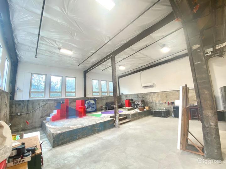 Big, bright, creative studio Photo 5