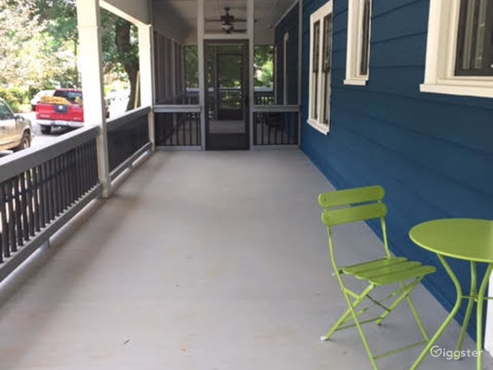 Small House with a Porch Swing Photo 5