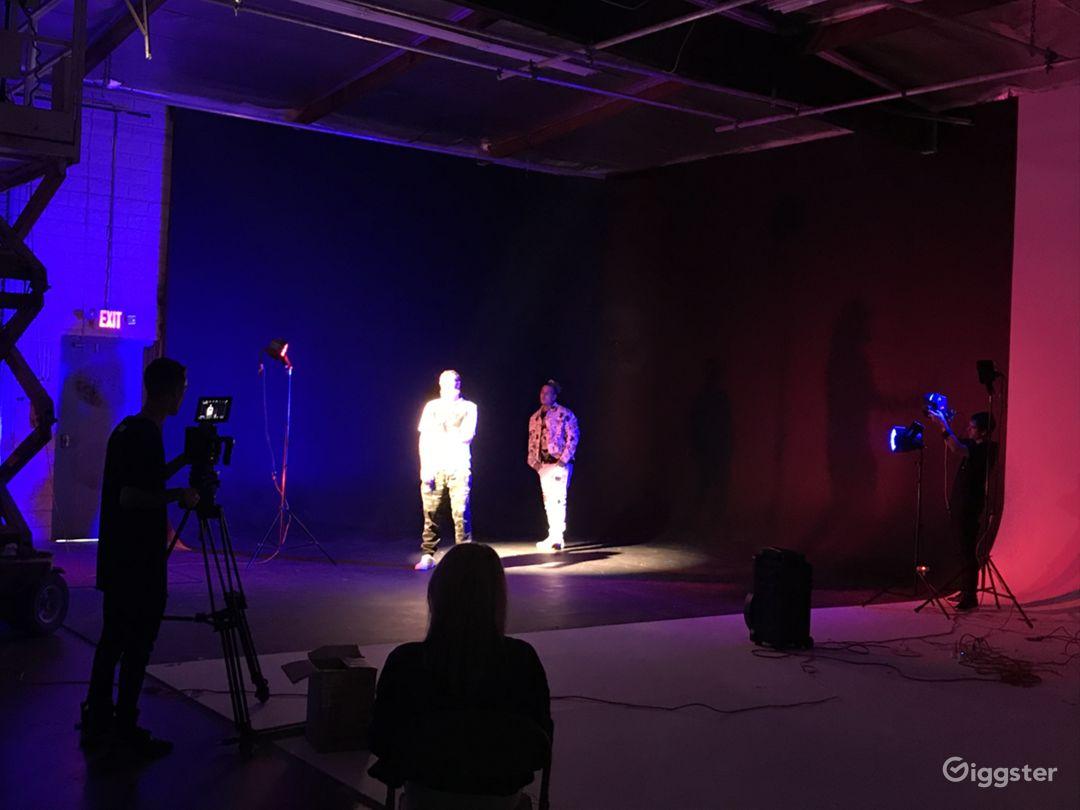 Black Cyc Studio Photo 1