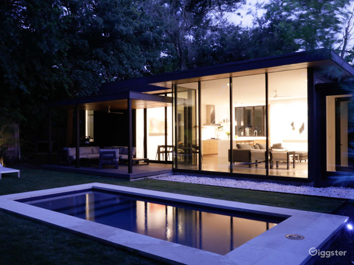 Allandale Modern Residence w/ great indoor/outdoor Photo 4