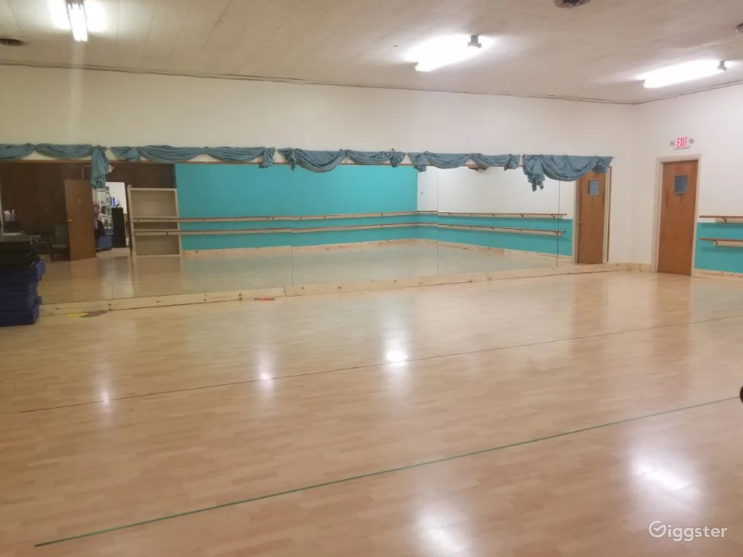 Massive Dance Studio with Two Large Rooms Photo 1