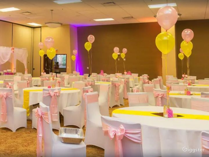 Perfect Room for your Next Corporate Event Photo 2