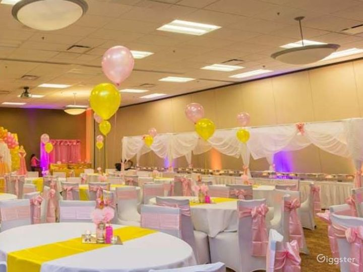 Perfect Room for your Next Corporate Event Photo 5