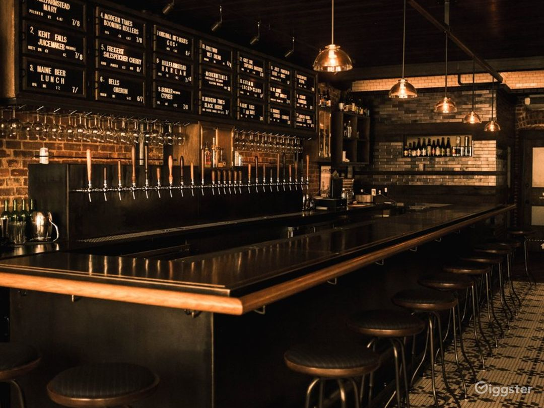 Spectacular Bar Known with Cool Craft Beers in NYC Photo 1