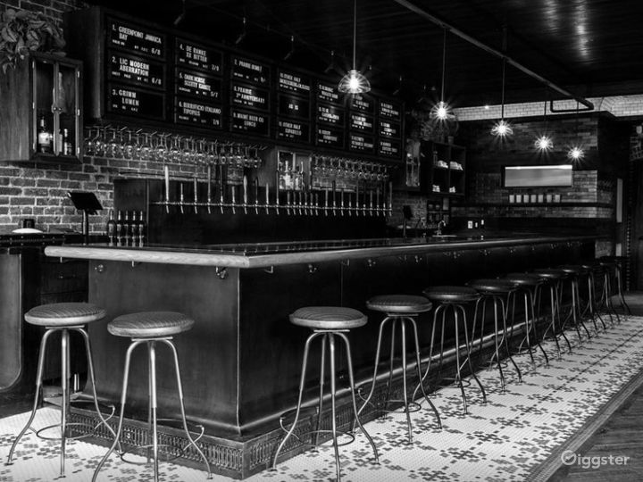 Spectacular Bar Known with Cool Craft Beers in NYC Photo 2
