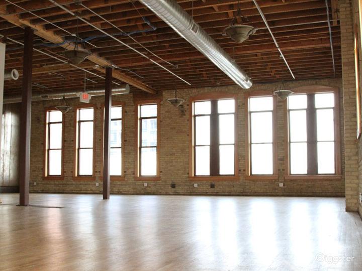 Classic-modern Event Center in Minneapolis Photo 3