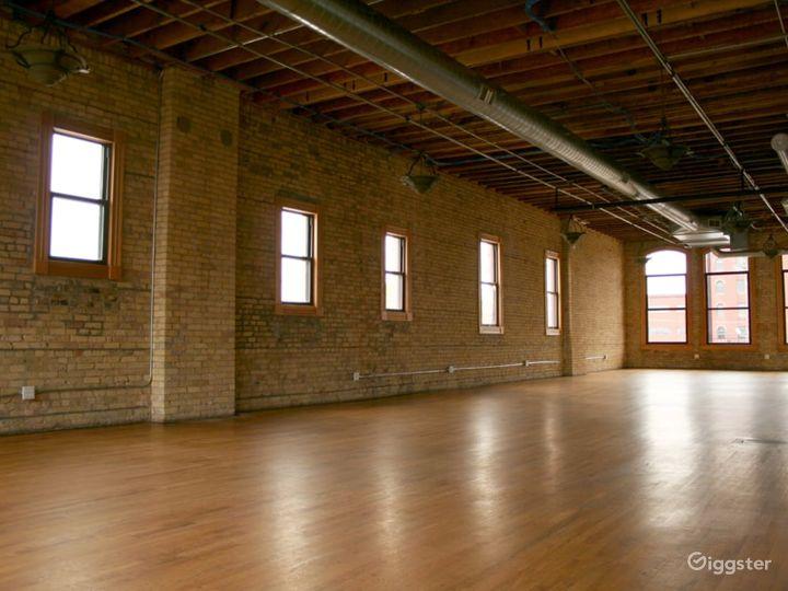 Classic-modern Event Center in Minneapolis Photo 2