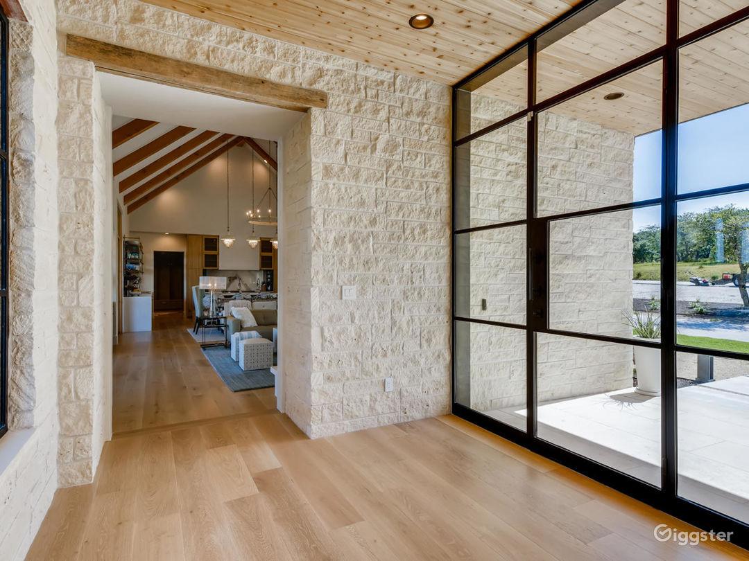 New Modern Farmhouse Photo 1