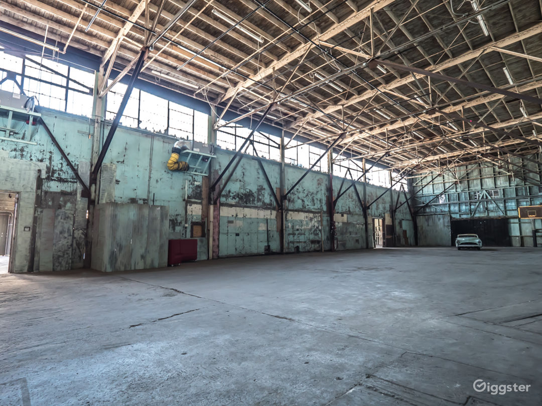 Grand Stage #1 LA Warehouse Studio Photo 5