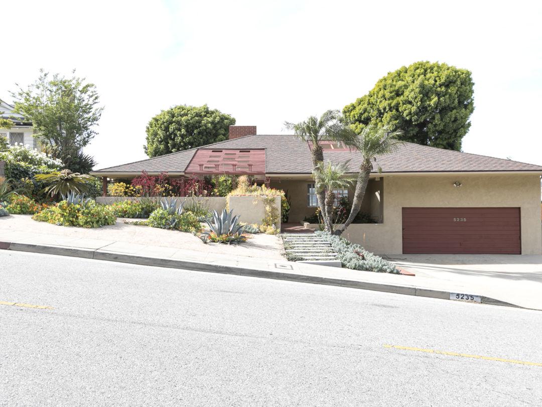 Mid-Century Modern Ranch Home Photo 1